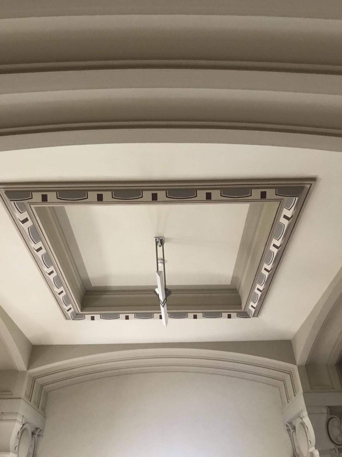 Plafond et frise